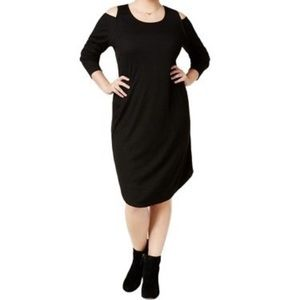 Plus Size Cold Shoulder Fitted Knit Dress